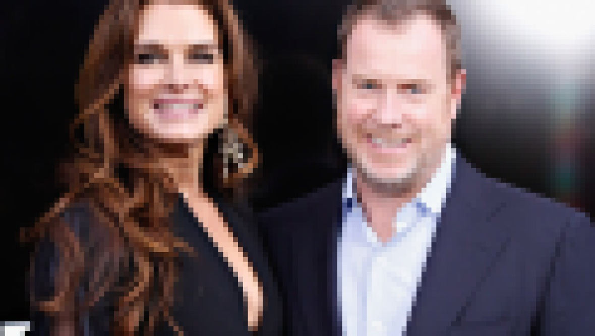 brooke-shields-husband-chris-henchy