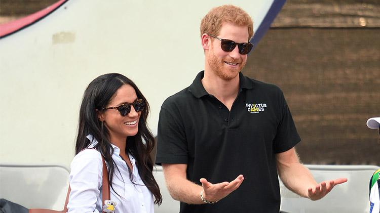 prince-harry-engagement-buckingham-palace