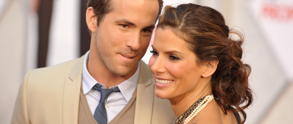 ryan reynolds sandra bullock getty images