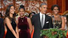 Obama Christmas.The Obama Family Shared Their Christmas Card And It S So