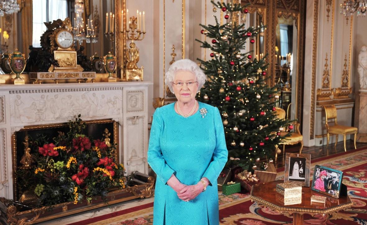 queen elizabeth christmas getty images