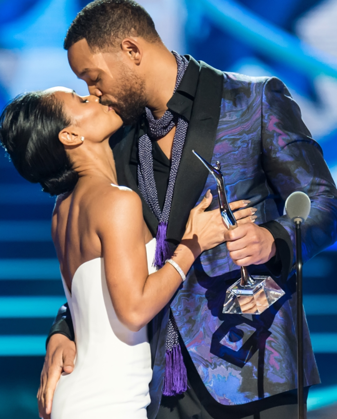 will smith jada pinkett smith kissing