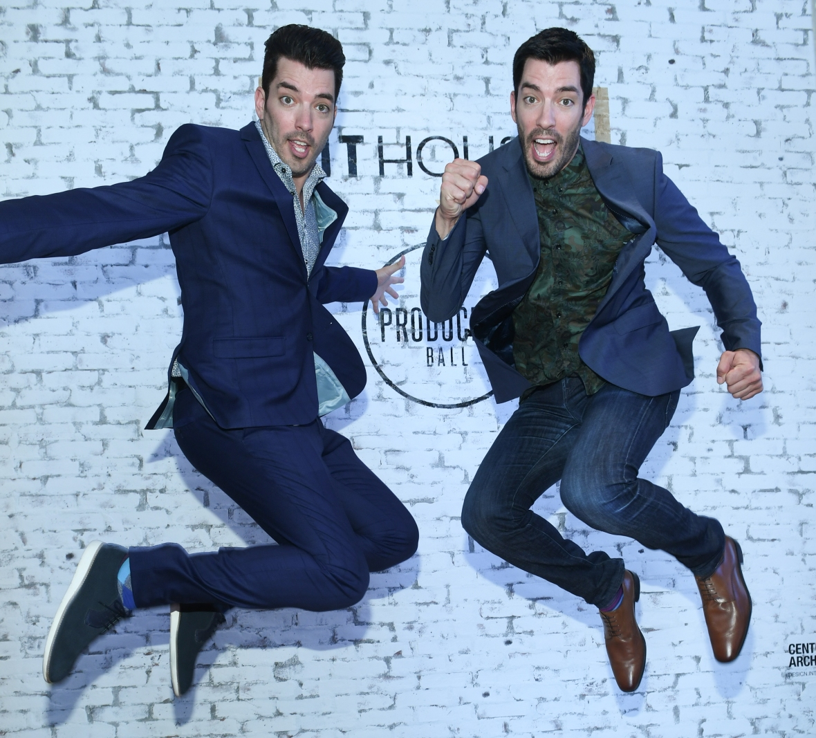 drew scott jonathan scott property brothers 2016 getty