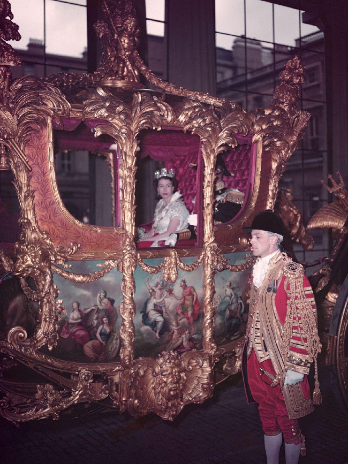 queen elizabeth coronation coach getty images