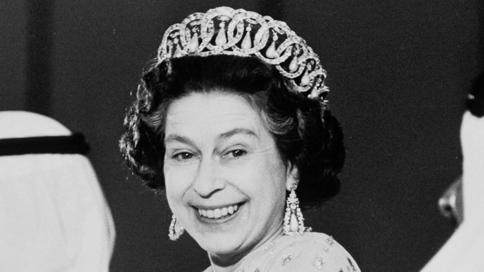 queen-elizabeth-crown-2