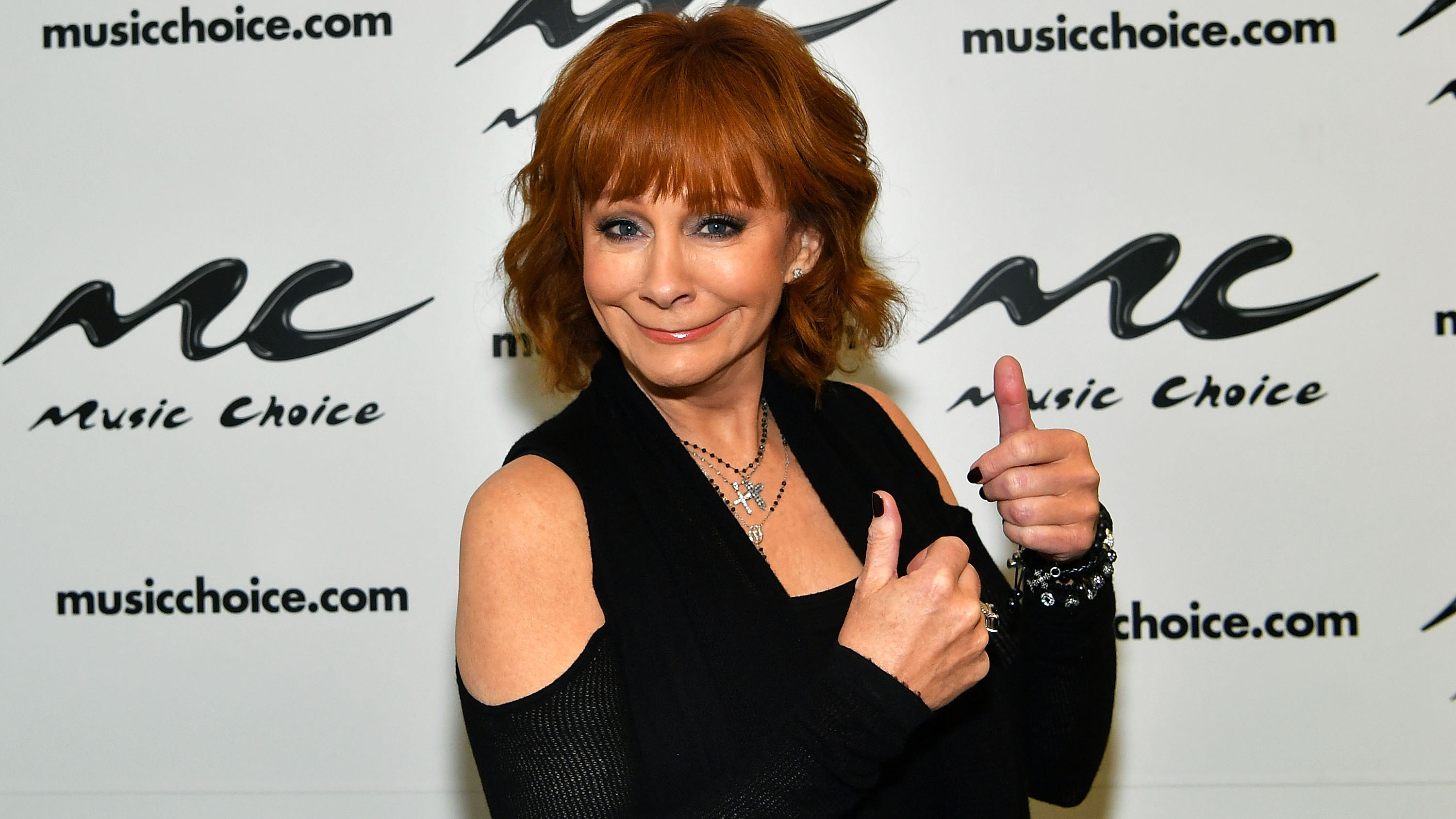Reba Mcentire Christmas Guest.Reba Mcentire Is Finding Love Again After Her Divorce