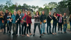 trading-spaces-reboot-trailer