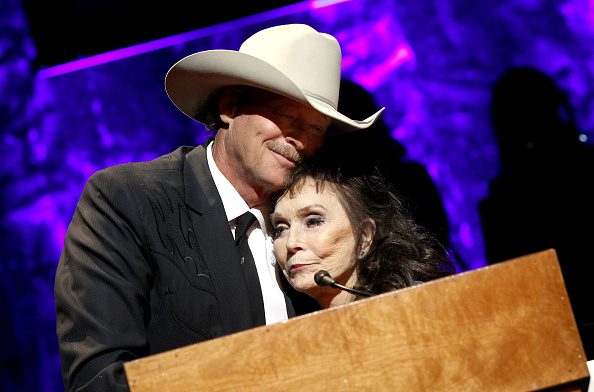 loretta lynn and alan jackson getty images