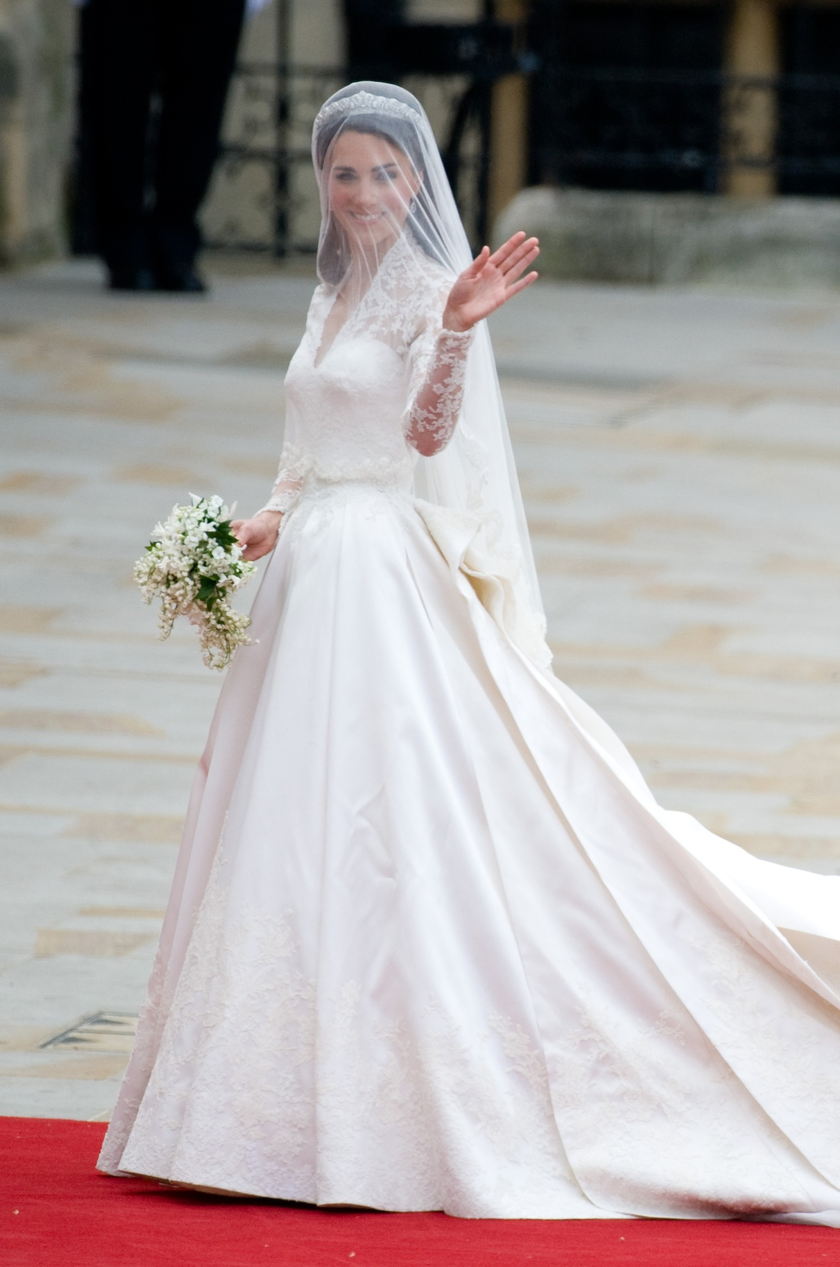 kate middleton wedding dress getty images