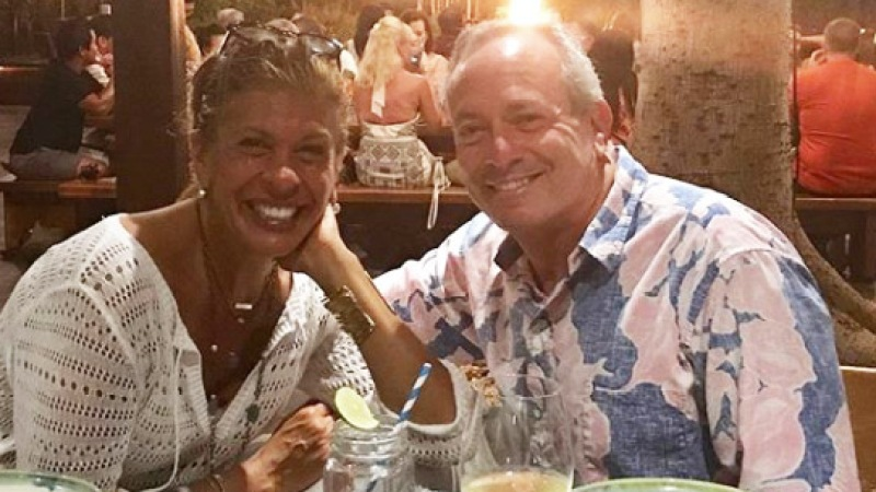 Hoda Kotb Wishes Longtime Boyfriend Joel Schiffman Hy 60th Birthday With Cute New Selfie