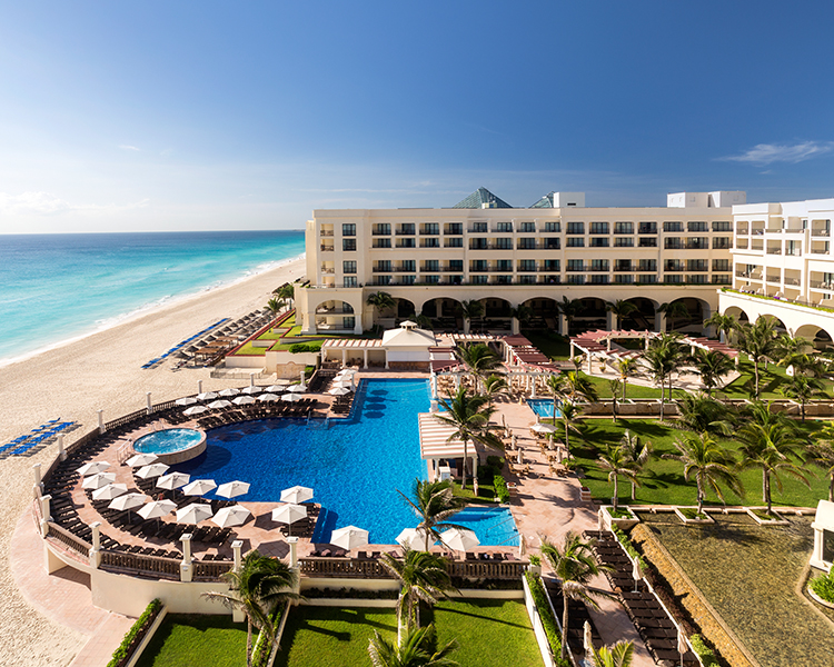 Marriott cancun resort mexican vacation package giveaway win it wednesday