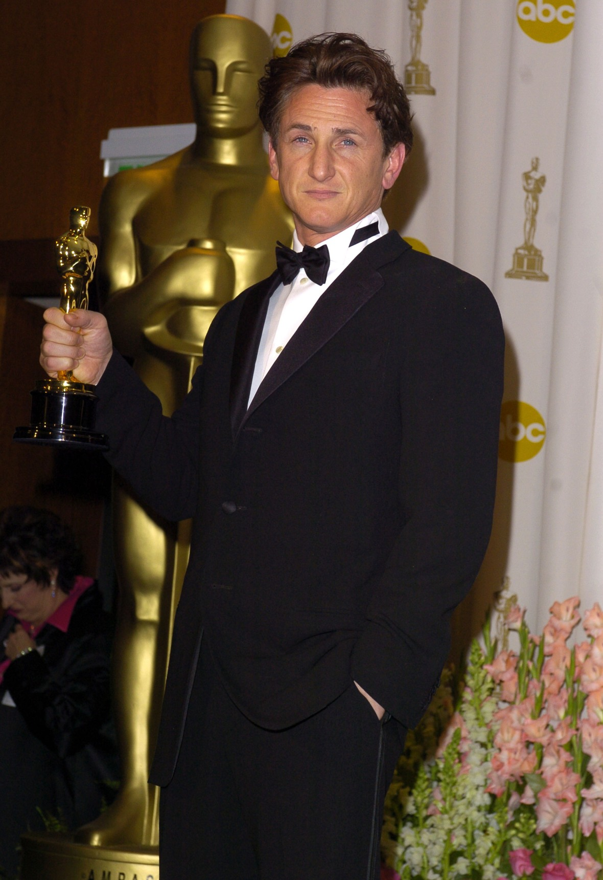 sean penn oscar getty images