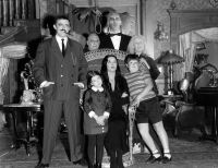 addams-family-cast2