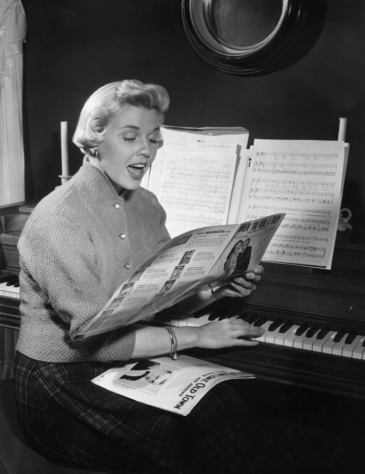 doris day singing getty images