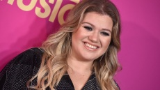 kelly-clarkson-pic