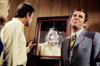 paul-lynde-bewitched-mirror