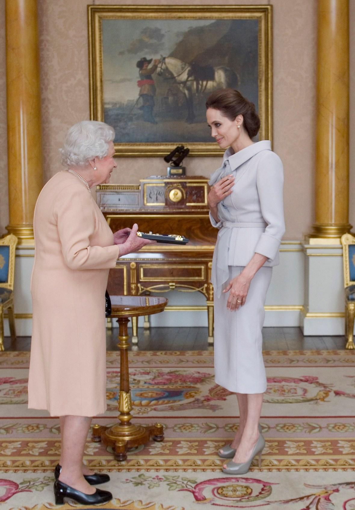 queen elizabeth angelina jolie getty images