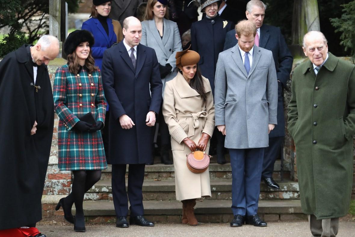 kate middleton meghan markle british royal family curtsy