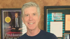 dancing-with-the-stars-tom-bergeron-shirtless-selfie