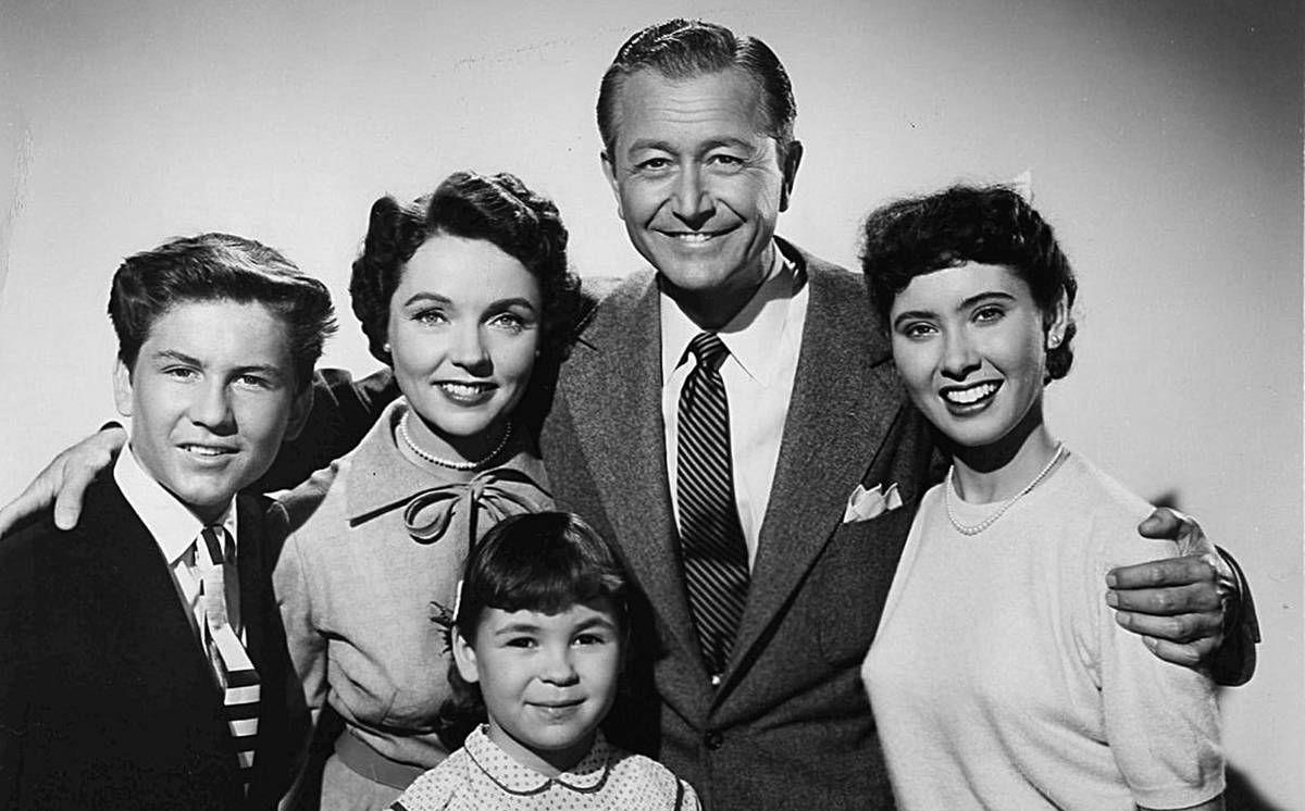 7cabfd512b5f ExclusiveElinor Donahue Remembers Her Classic TV Roles, From 'Father Knows  Best' to 'Andy Griffith' and 'The Odd Couple'