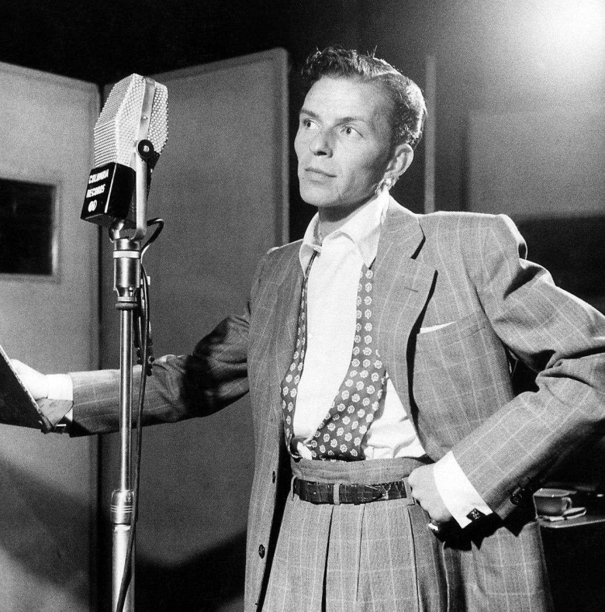 frank sinatra getty images