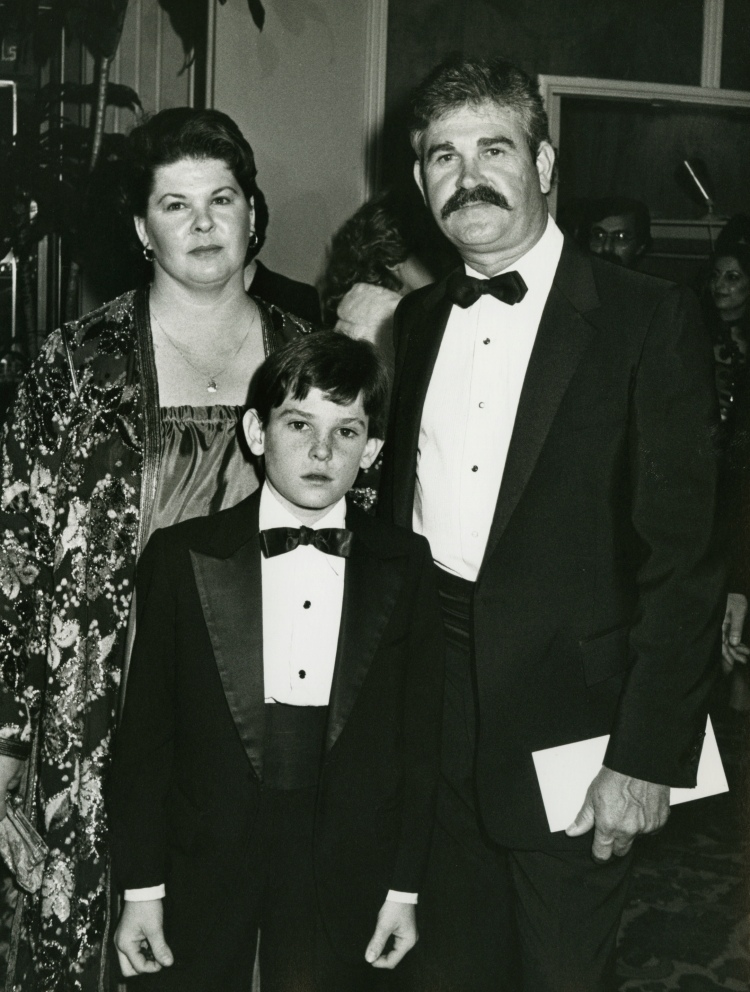 henry thomas parents getty images