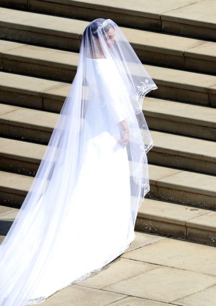 meghan-markle-wedding-dress