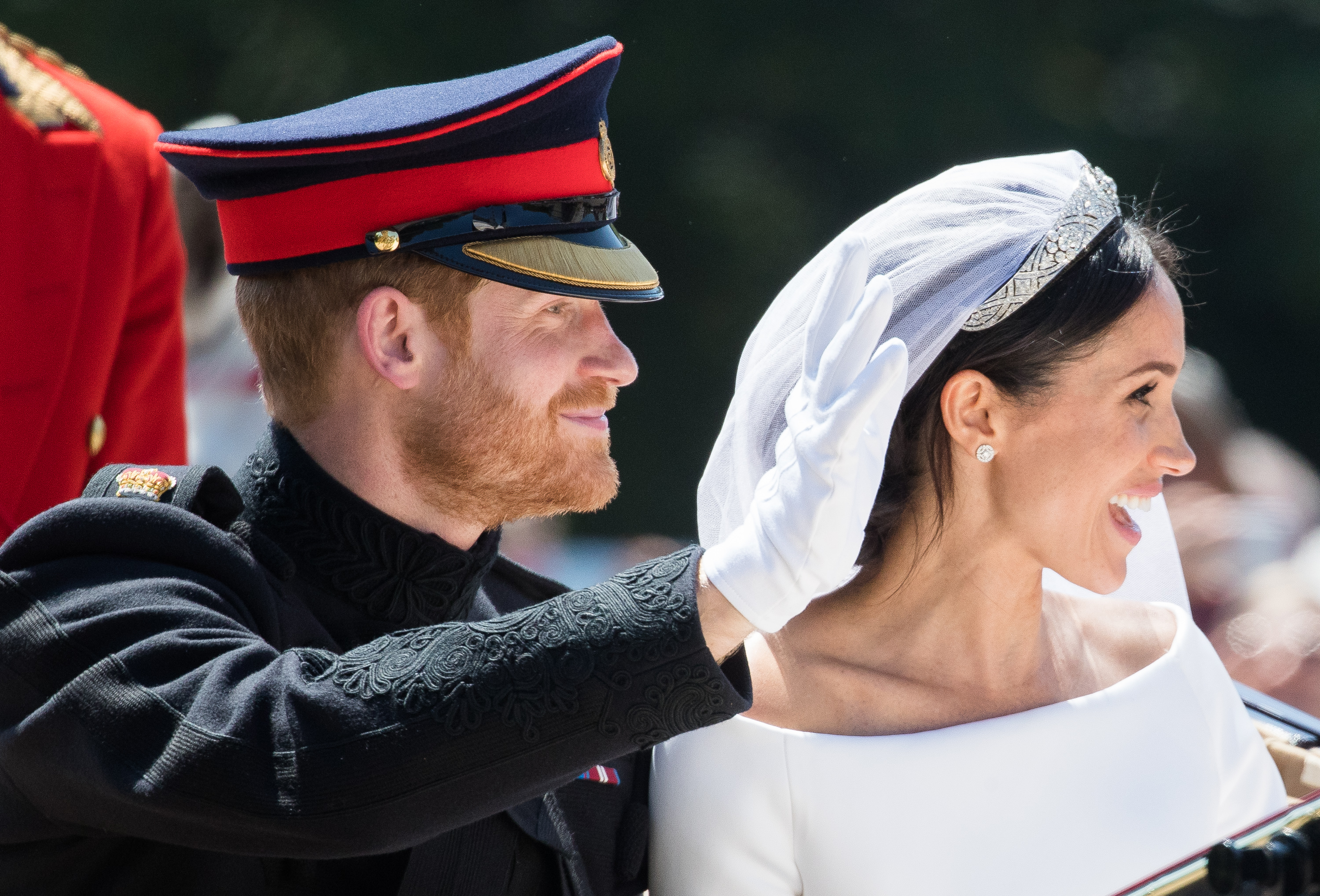 prince-harry-meghan-markle-official-wedding-photos