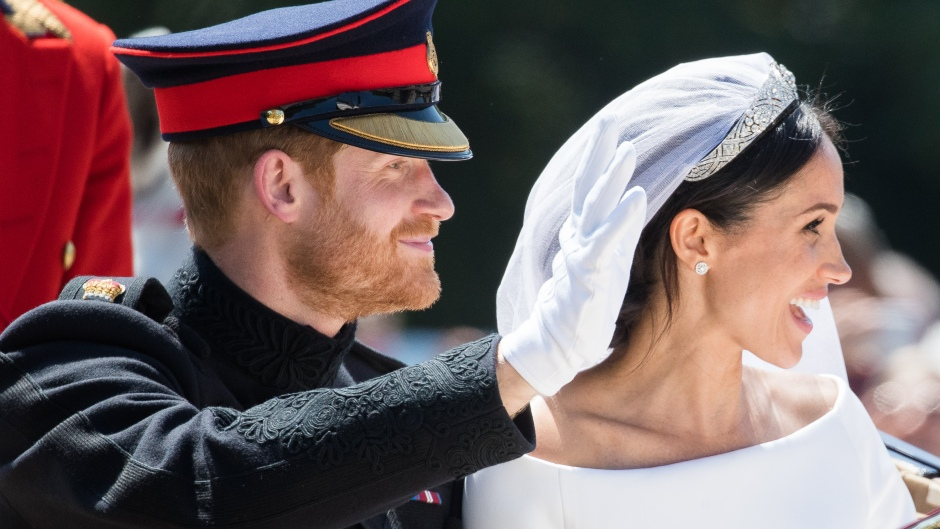 prince-harry-meghan-markle-official-wedding-photos