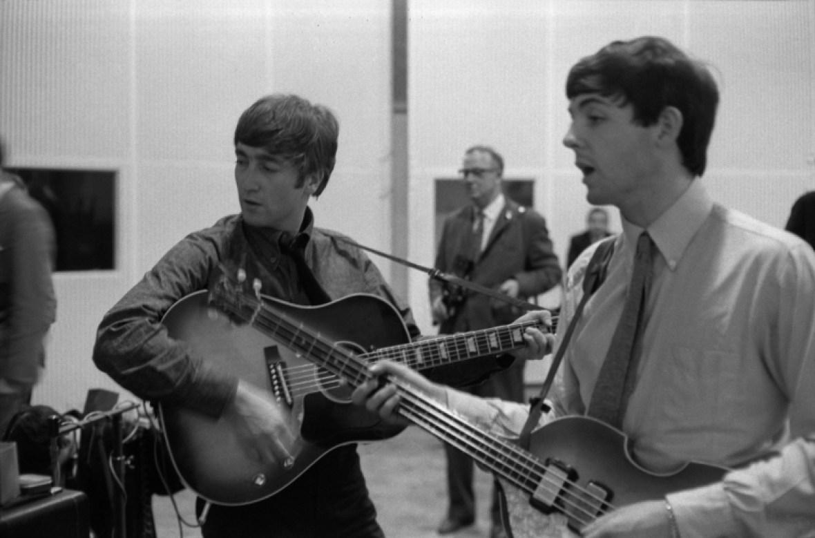 the beatles - paul and john 3