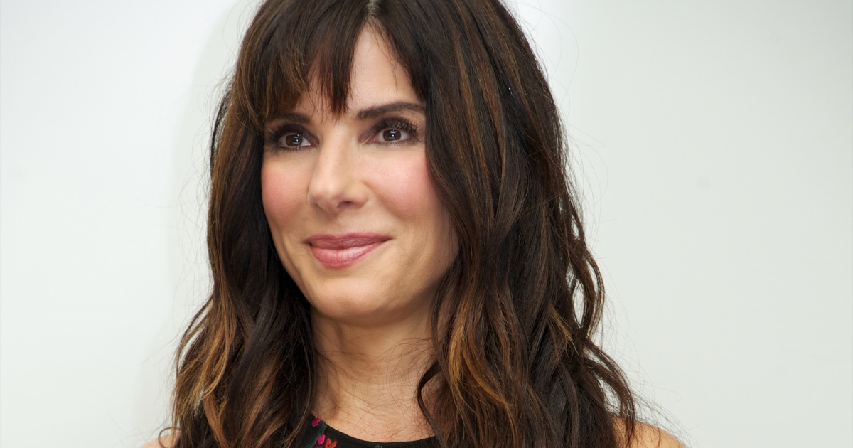 Sandra Bullock Plastic Surgery — Experts Weigh in on Her Botox