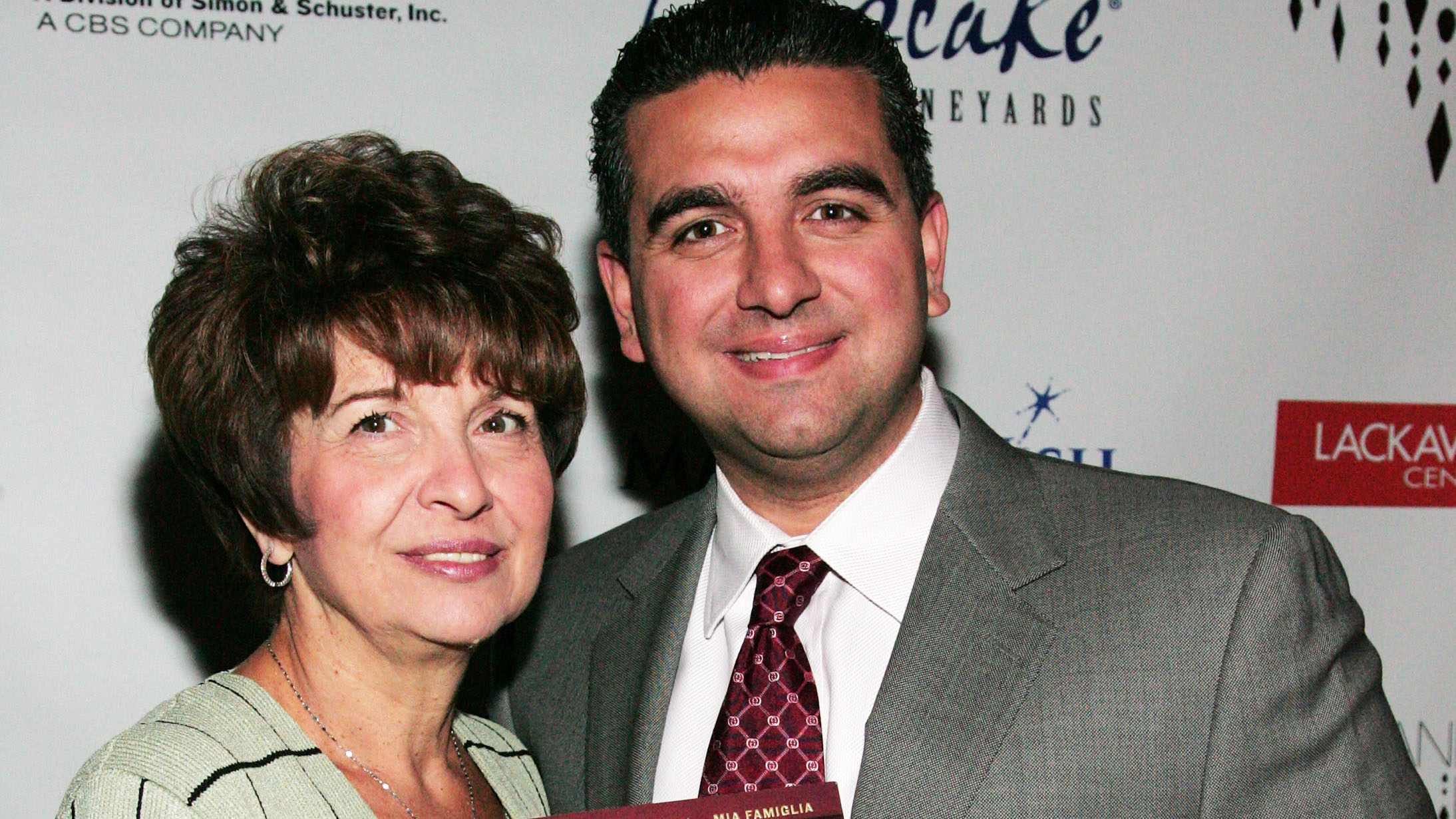 pics Cake Boss Buddy Valastro Hasnt Been Back To His Bakery Since His Mom Died