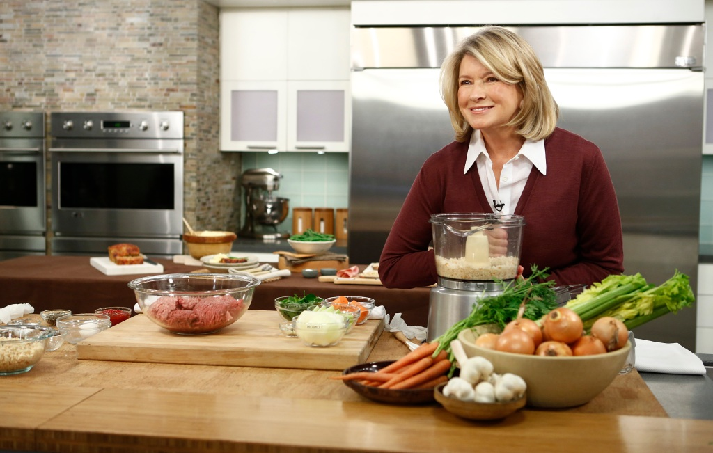 martha-stewart-cooking