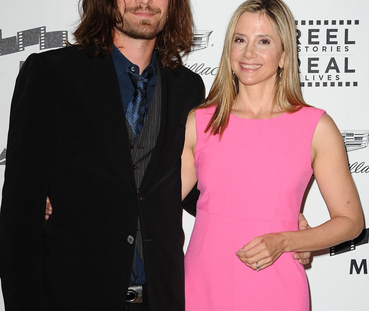 mira sorvino husband