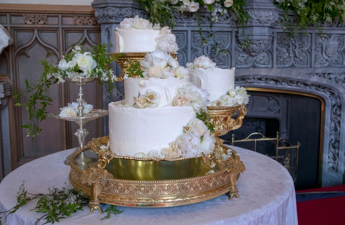 prince harry meghan markle wedding cake