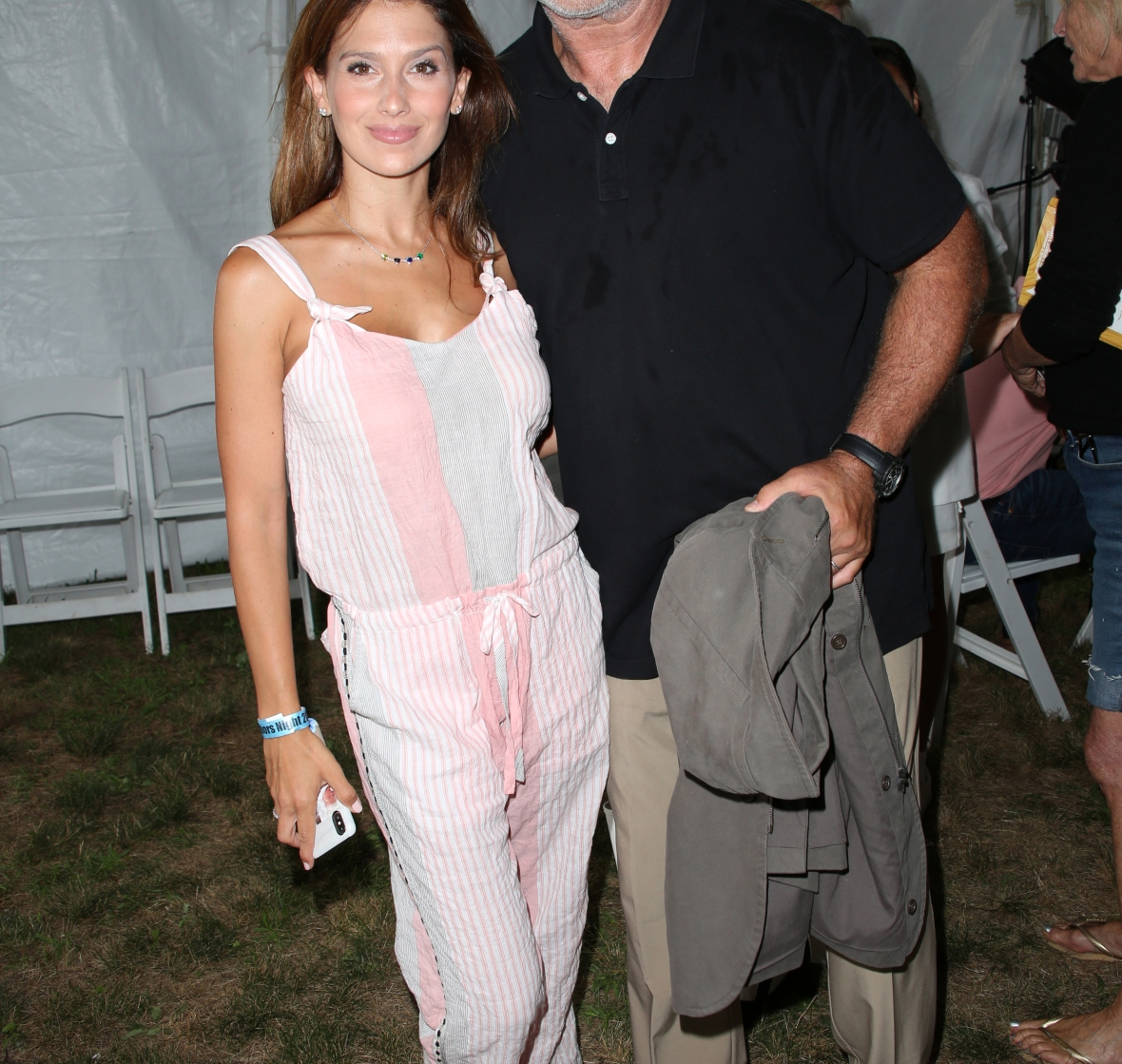 alec and hilaria at the author's night. (photo credit: getty images)