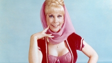 Barbara-Eden-as-Jeannie-in-I-Dream-of-Jeannie
