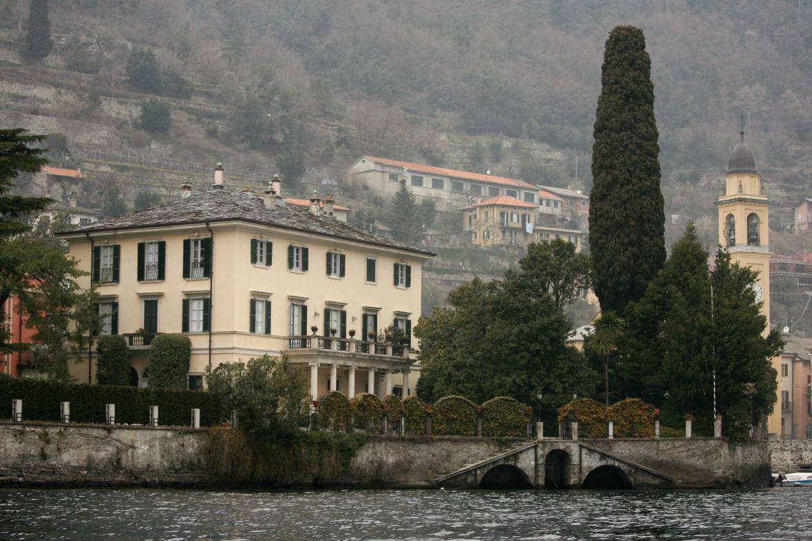 george's lake como house. (photo credit: getty images)