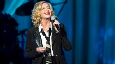 olivia-newton-john-health-update