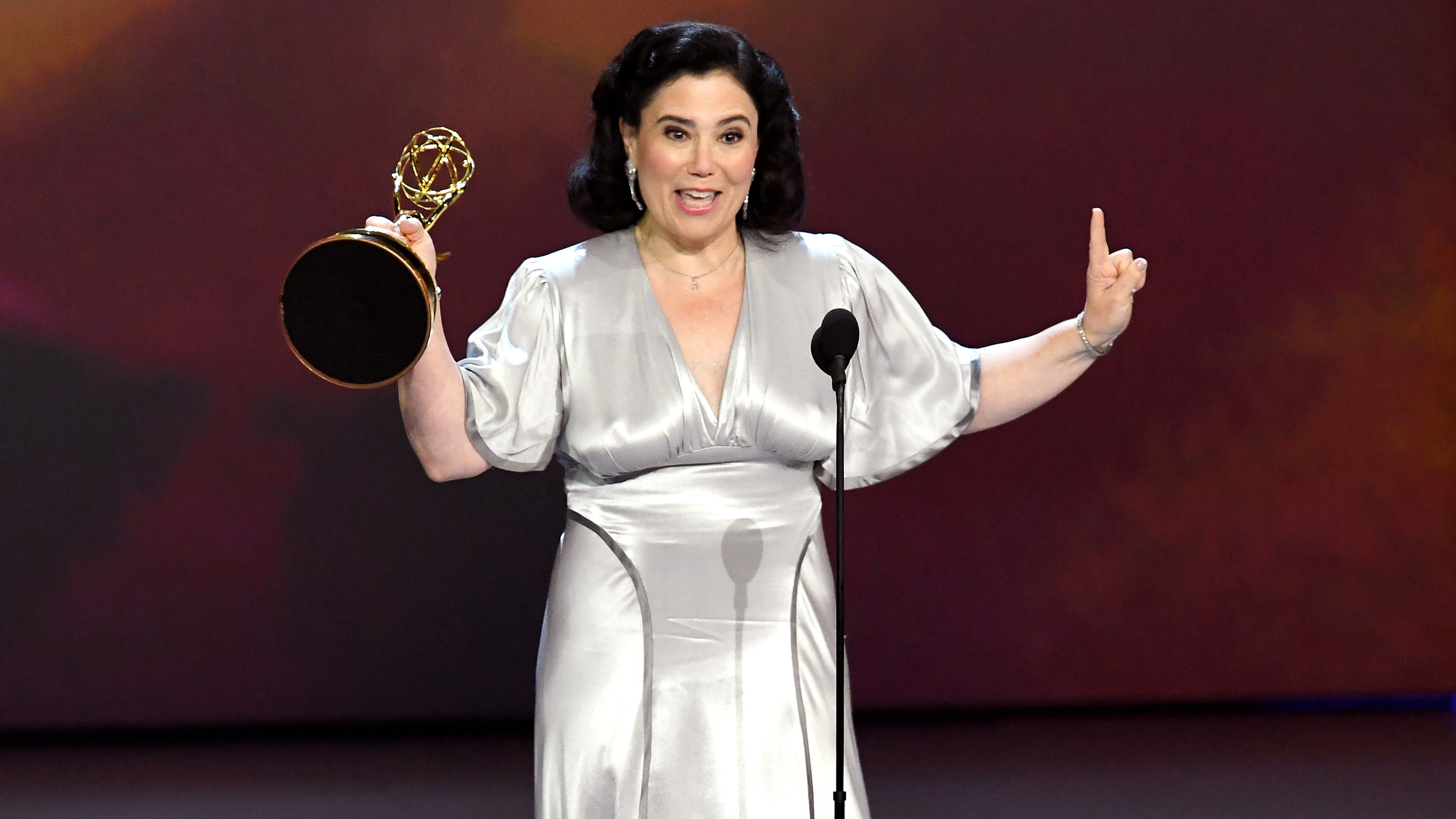 Alex Borstein Pictures and Photos