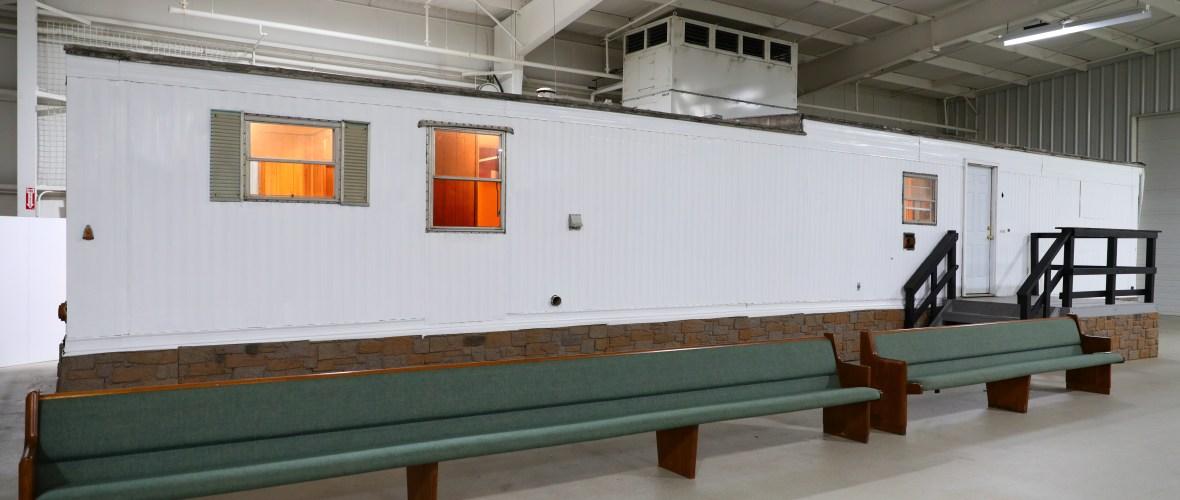 elvis presley priscilla presley mobile home