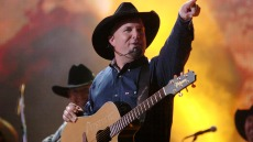 garth-brooks-simon-cowell-americas-got-talent-request