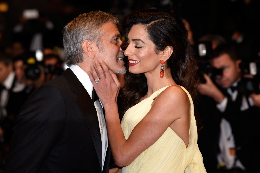 George-Clooney-Amal-Clooney-Kissing