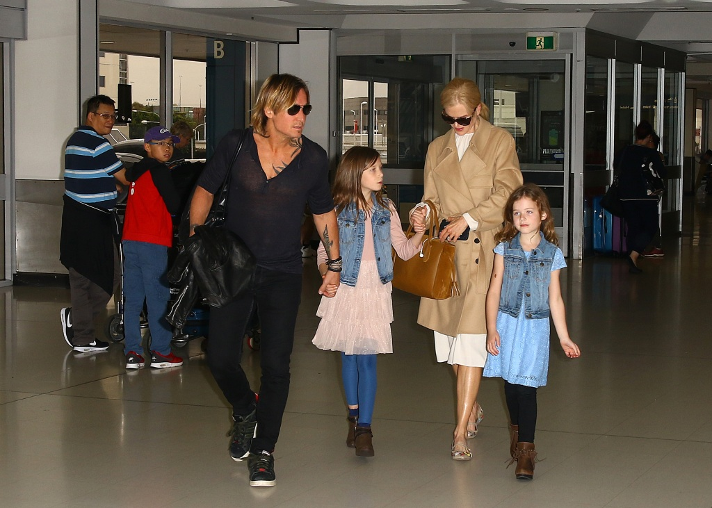 Keith-Urban-Nicole-Kidman-Daughters