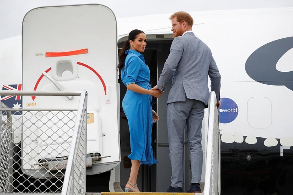Prince Harry Meghan Markle plane abort landing