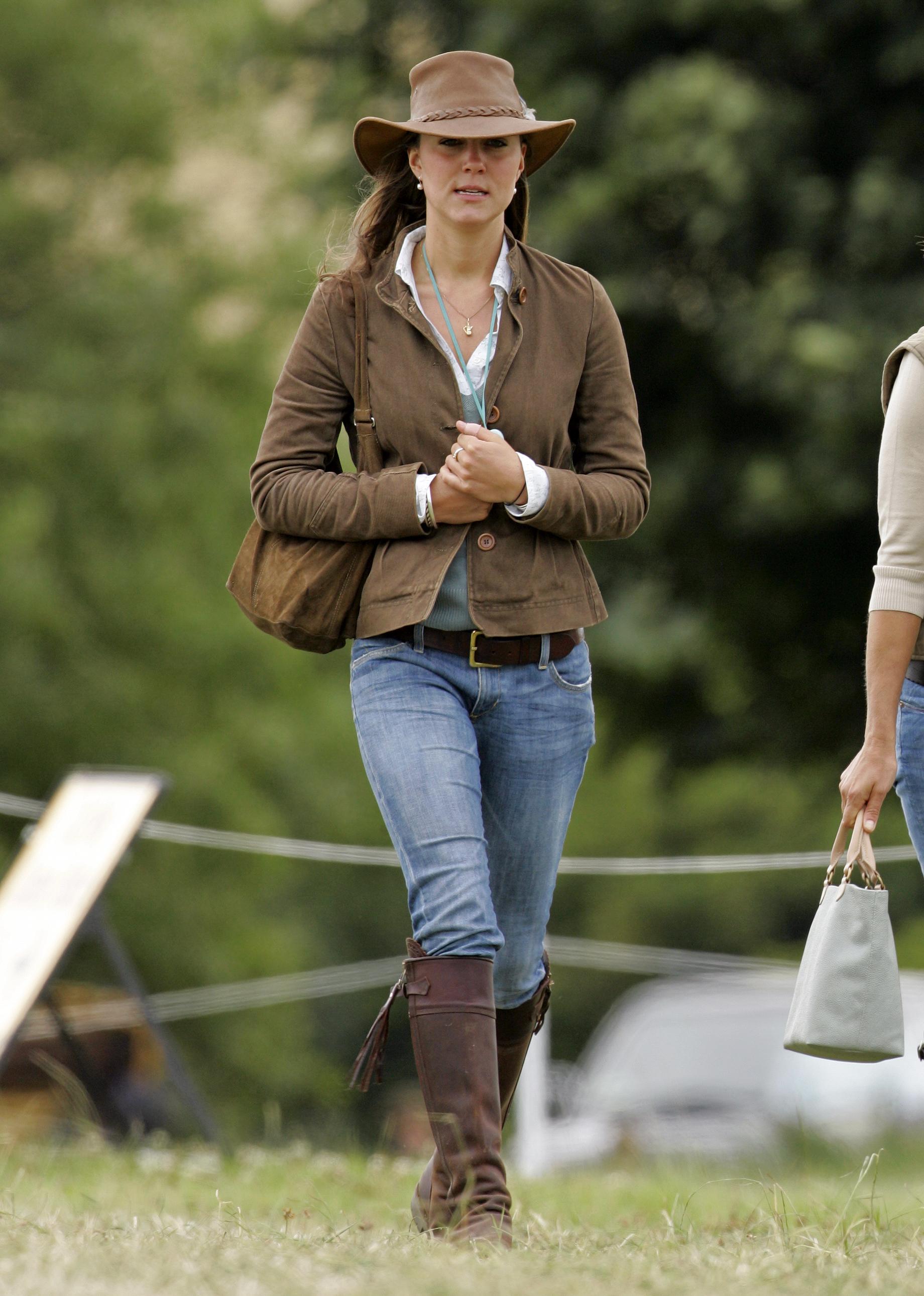 Kate Middleton\u0027s Favorite Boots Duchess Rewears 14,Year,Old