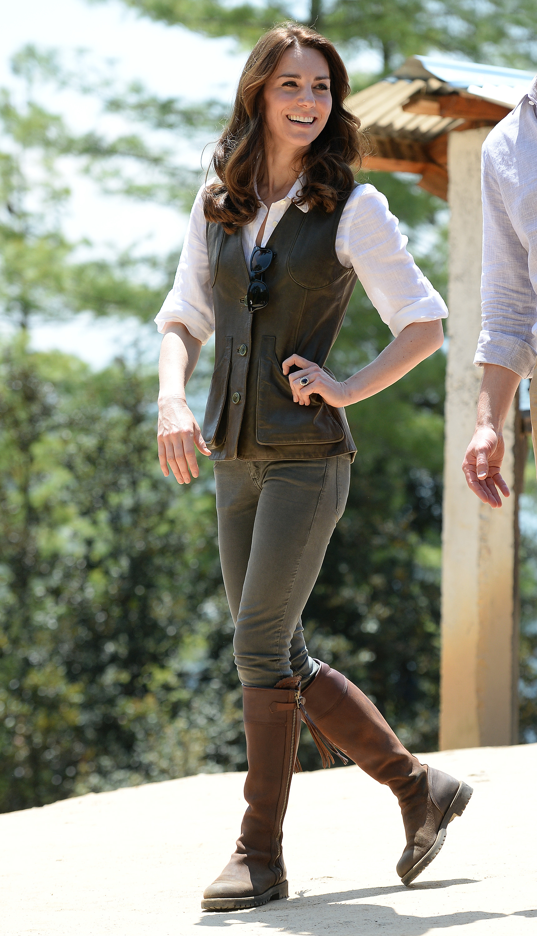 aa855e2475e Kate Middleton's Favorite Boots: Duchess Rewears 14-Year-Old Boots ...