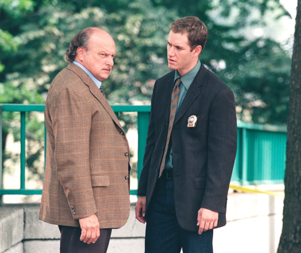 nypd-blue-dennis-franz-mark-paul-gosselaar