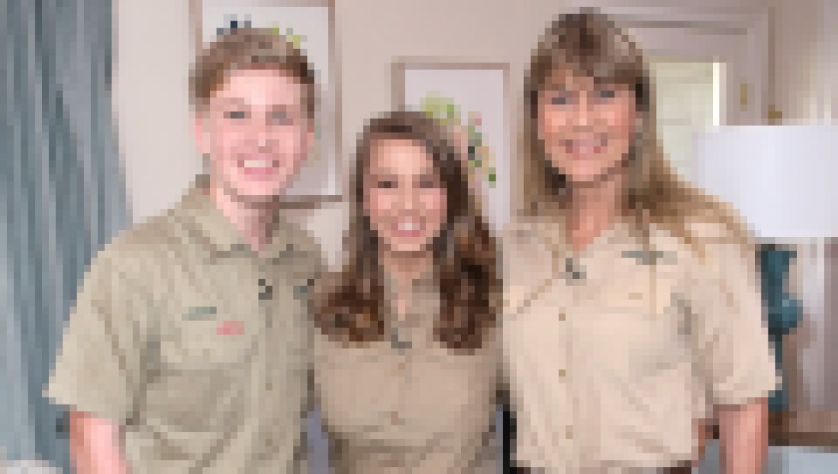 terri-irwin-bindi-irwin-robert-irwin-new-adventure