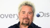 Guy-Fieri-California-Firefighters-Meal